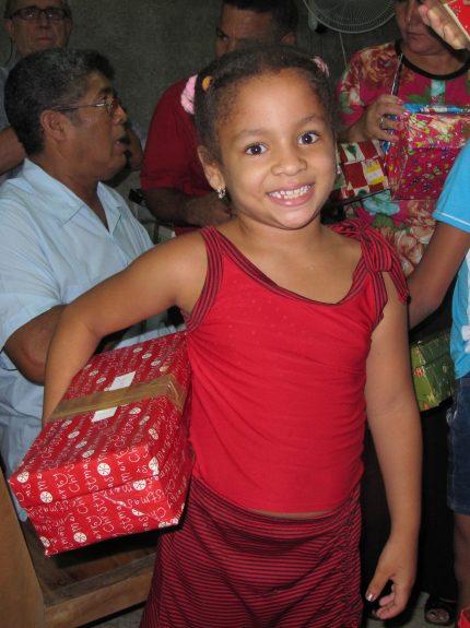 Happy-smile-Cuba-430x575-1