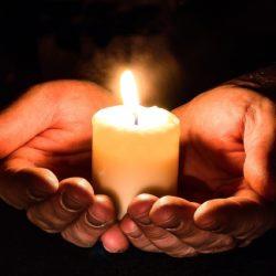 Prayer hands-1926414_1920